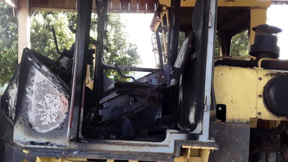 Máquinas são depredadas em Governador Jorge Teixeira, RO — Foto: Divulgação