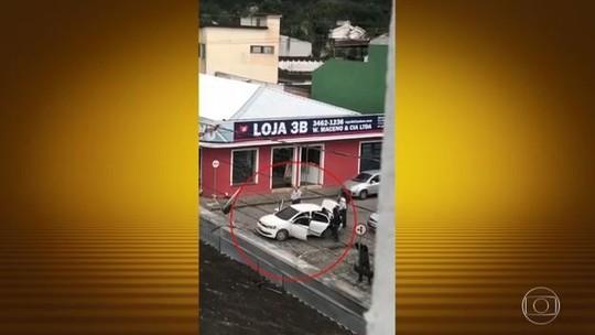 Bandidos armados fazem reféns durante assalto a banco em Morretes, PR
