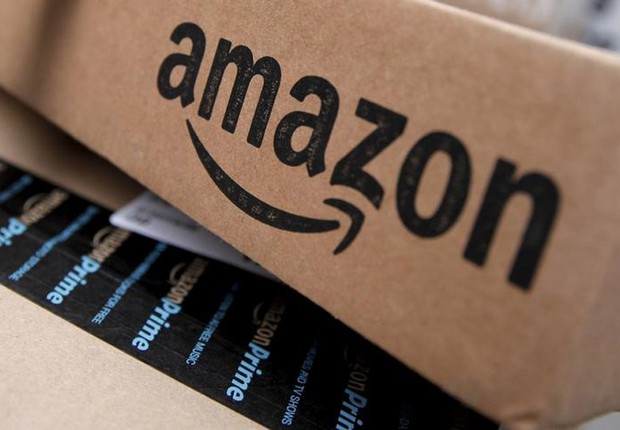 Embalagem de entrega da Amazon em Nova York (Foto: Mike Segar/Reuters)