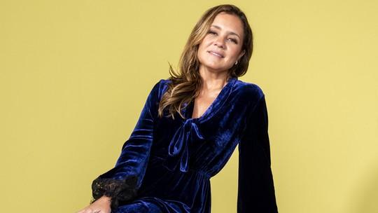 Adriana Esteves lança novo filme e comenta: 'Tenho um prazer muito grande em apresentar mulheres diferentes'