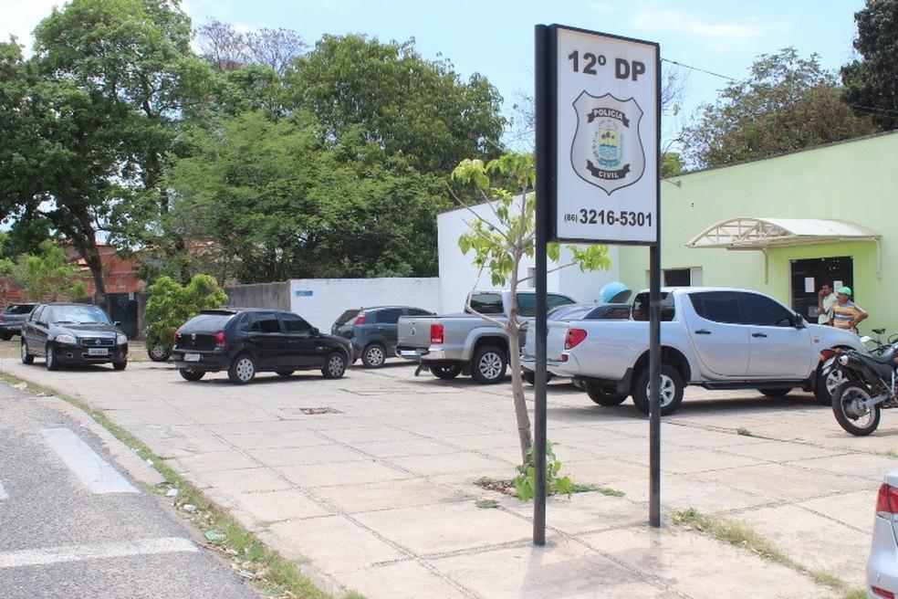 Caso foi registrado no 12° Distrito Policial em Teresina — Foto: Gil Oliveira/ G1