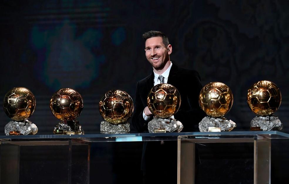 Messi diz não ser favorito para Bola de Ouro e revela em quais jogadores votaria para o prêmio