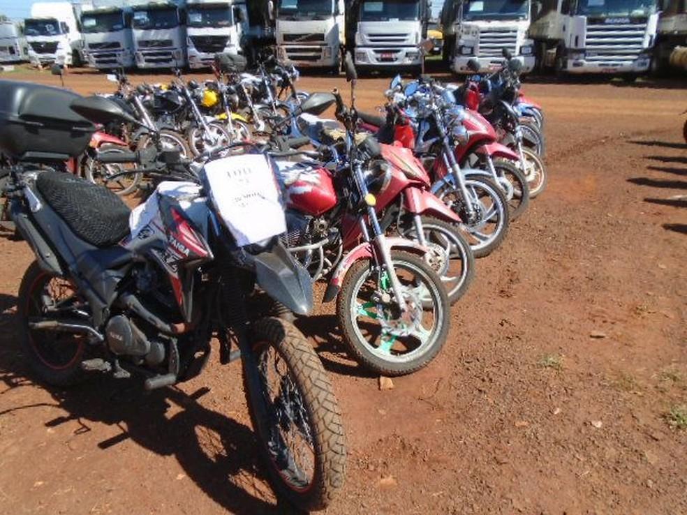 Leilão eletrônico oferece mais de 500 veículos e sucatas, em Foz do Iguaçu — Foto: Receita Federal/Divulgação