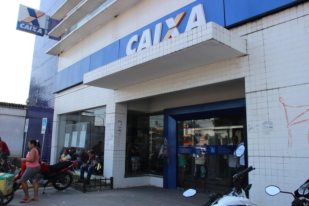 Caixa Econômica Federal, em Manaus (Foto: Suelen Gonçalves/ G1 AM)