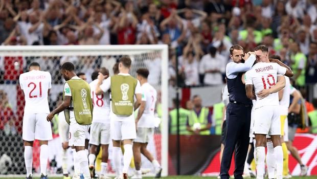 Seleção da Inglaterra após derrota para a Croácia na Copa do Mundo 2018 (Foto: Ryan Pierse/Getty Images)