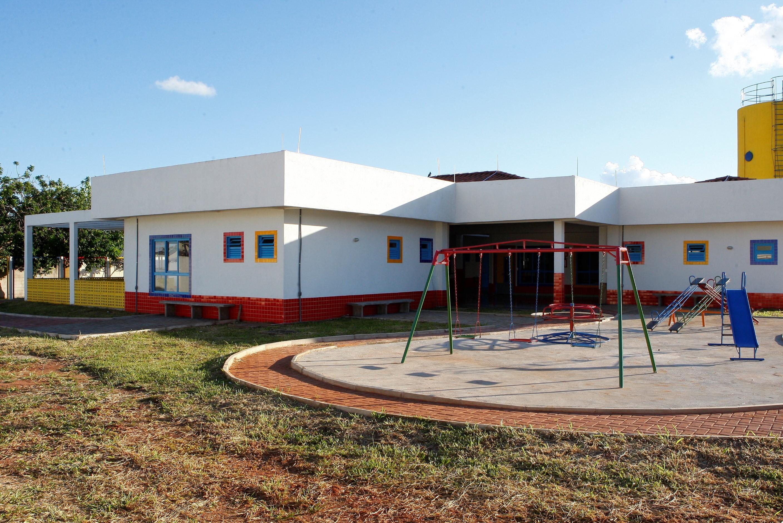 Inscrições para vagas nas escolas municipais de Uberlândia começam na próxima quarta-feira