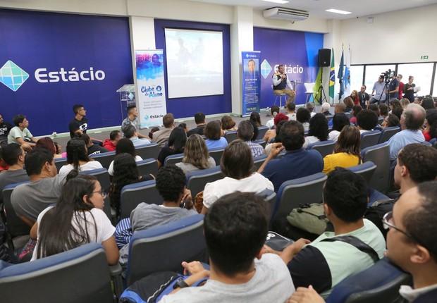 Estácio (Foto: Divulgação Facebook )