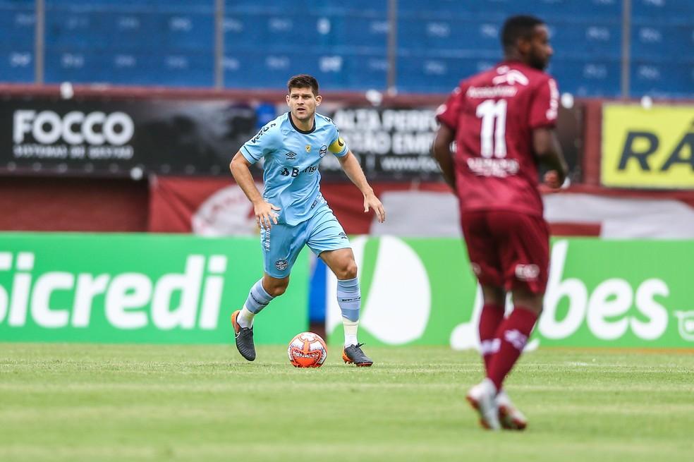 Kannemann fez o primeiro jogo no ano como capitão — Foto: Lucas Uebel/Grêmio/Divulgação