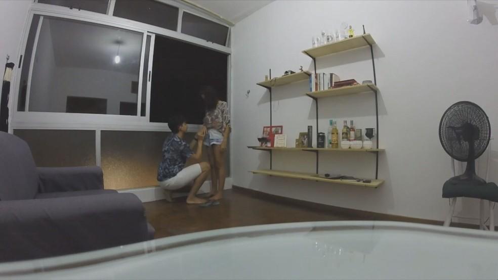 Wildson e Sarah ficaram noivos em BH; pedido foi feito com projeção no Edifício JK — Foto: Reprodução/TV Globo