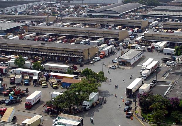 Entreposto do CEAGESP em São Paulo (Foto: Reprodução/Facebook/CEAGESP)