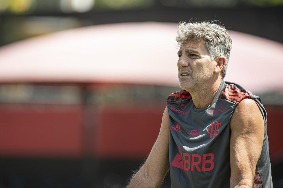 Renato Gaúcho no treino do Flamengo — Foto: Alexandre Vidal/Flamengo