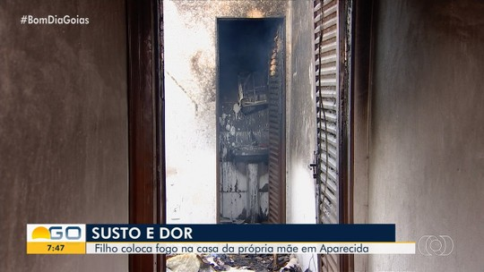Diarista conta que filho ateou fogo na casa da família e destruiu quase tudo, em Aparecida de Goiânia