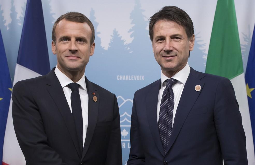 -  O presidente francês Emmanuel Macron e o premiê italiano Giuseppe Conte em reunião do G7 no Canadá  Foto: Ian Langsdon/Pool/AFP