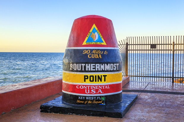 Florida Buoy sign marking the southernmost point (Foto: Getty Images/iStockphoto)