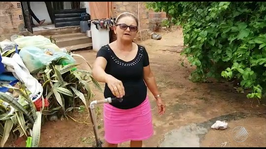 Moradores de povoado no norte da Bahia estão sem abastecimento regular de água há sete meses: 'Ligo a torneira e não tem'