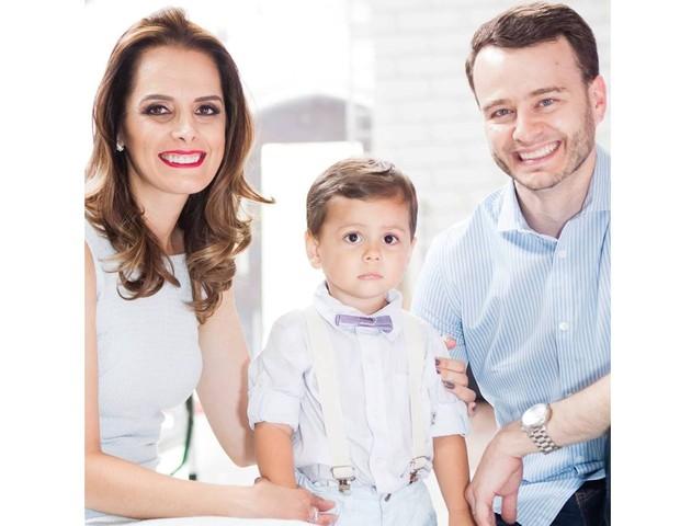 Josie ao lado do marido Giorgio e do filho Gabriel (Foto: Arquivo pessoal)