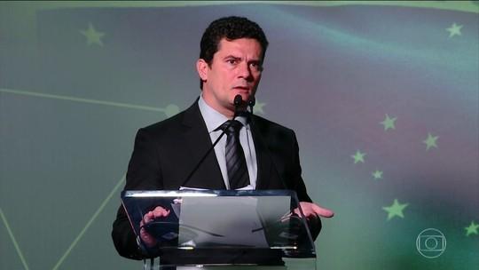 Reforma política proposta 'não é verdadeira reforma', diz Moro