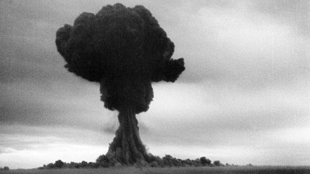 Os soviéticos detonaram sua primeiro bomba perto do Cazaquistão (Foto: Getty Images via BBC News)
