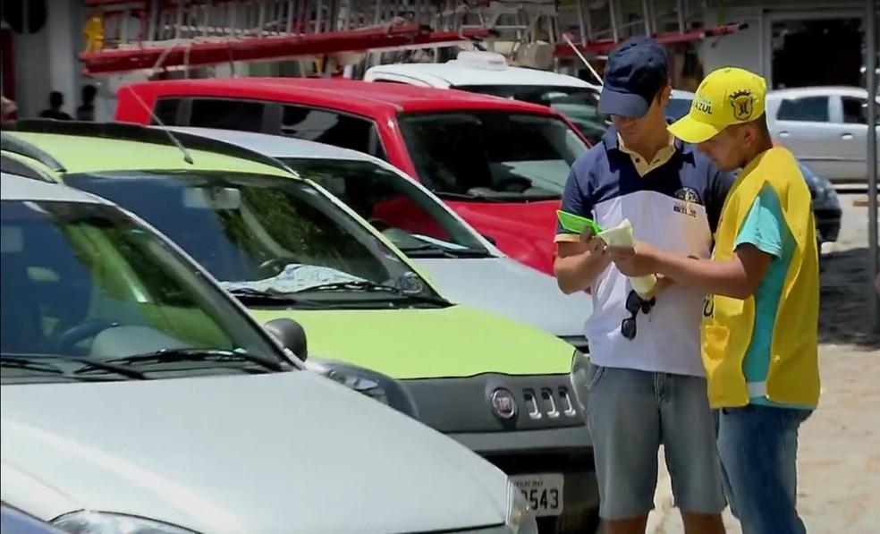 Zona Azul começa a funcionar em Itajubá com hora mais cara entre maiores cidades do Sul de MG (Foto: Reprodução EPTV)