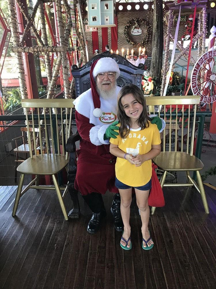 Julia e o Papai Noel (Foto: Arquivo pessoal/ Bruno Côrtes)