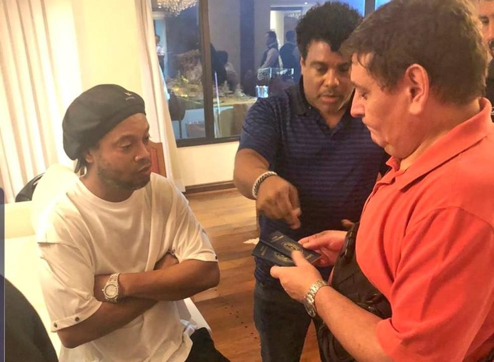 Ronaldinho Assis passaportes Paraguai — Foto: Divulgação/Ministério Público do Paraguai