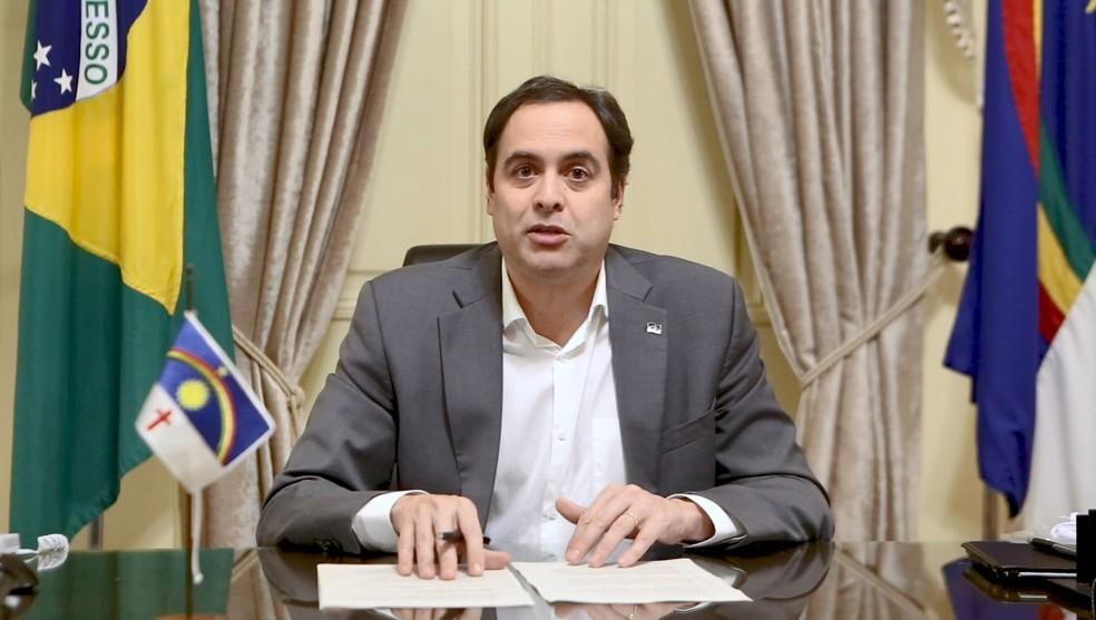Governador de Pernambuco, Paulo Câmara (PSB), fez balanço de gastos com as ações de enfrentamento ao novo coronavírus — Foto: Reprodução/Governo de Pernambuco