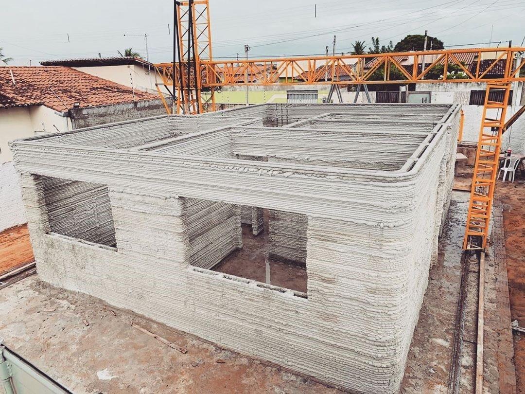 Estudante brasileira que fez casa impressa em 3D vai representar o Brasil na Rússia (Foto: Reprodução/Instagram)