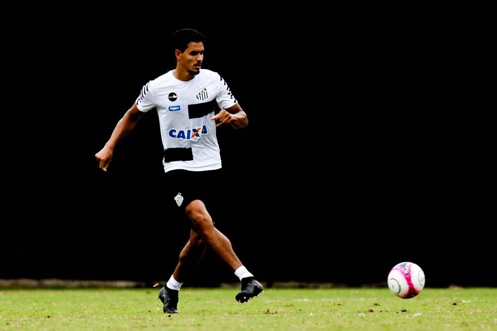 Santos perde pênalti no último lance, e Bragantino vence na Vila