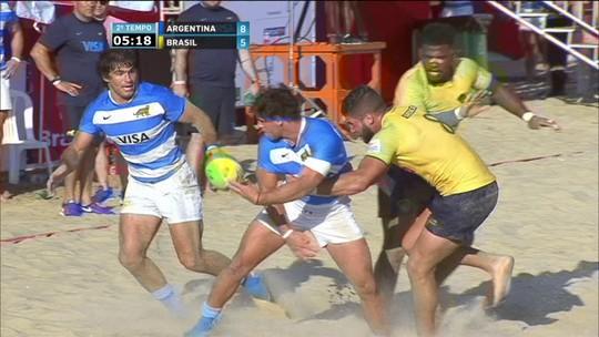 Melhores momentos: Argentina 8 x 5 Brasil em desafio de rúgbi de praia masculino