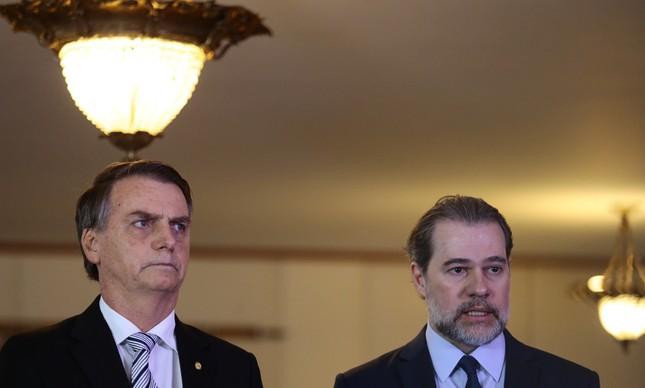 Jair Bolsonaro e Dias Toffoli em visita do presidente eleito ao STF