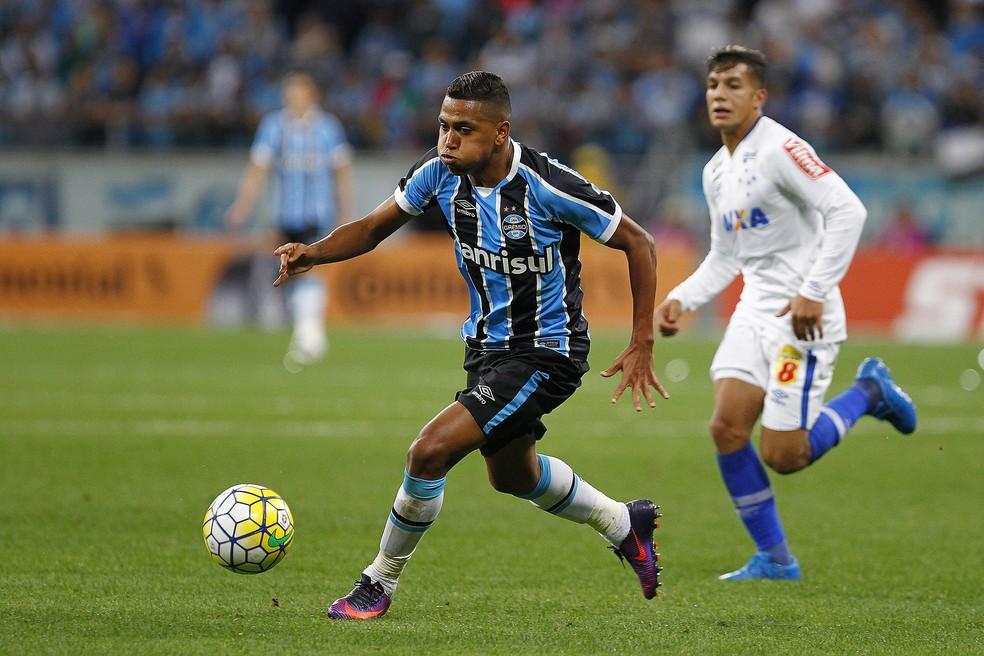 Grêmio e Cruzeiro na semifinal da Copa do Brasil do ano passado: equipes voltam a disputar vaga na decisão em 2017  (Foto: Ricardo Duarte/Divulgação Inter)