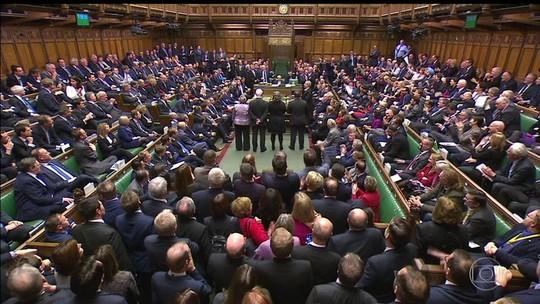 Parlamento inglês ganha poder de veto no Brexit