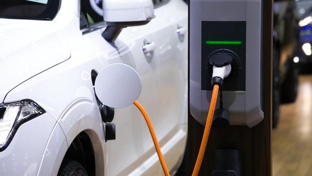 A China tem apostado em pequenos carros elétricos para melhorar a questão da mobilidade, além da poluição  (Foto: Fotolia)