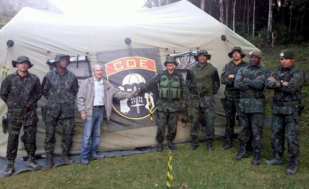 Pai de escoteiro desaparecido veio a Piquete na última semana para agradecer equipes de busca (Foto: Ivo Simon/Arquivo pessoal)