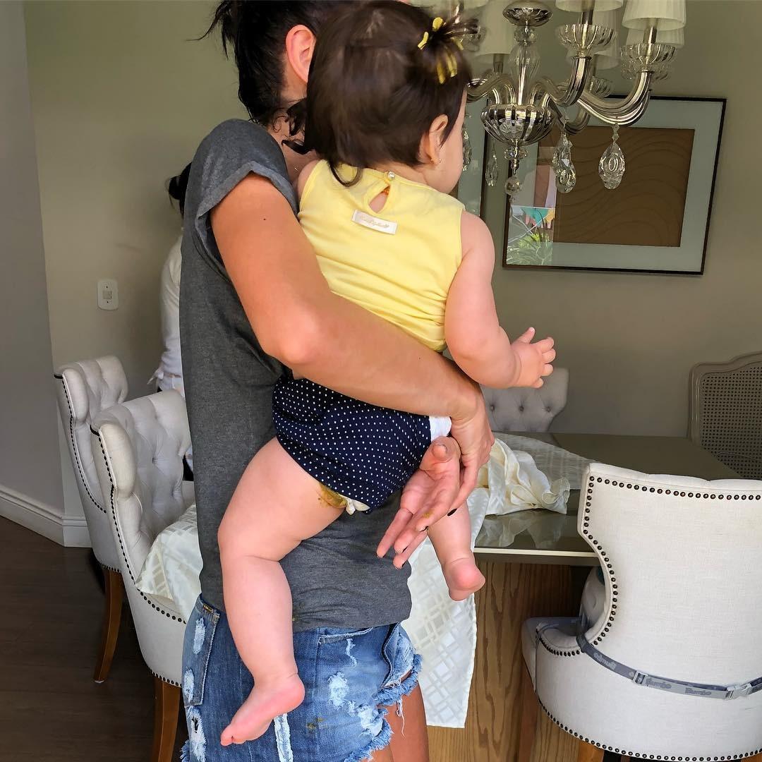 Adriana Sant'anna e a filha Linda (Foto: Reprodução Instagram)