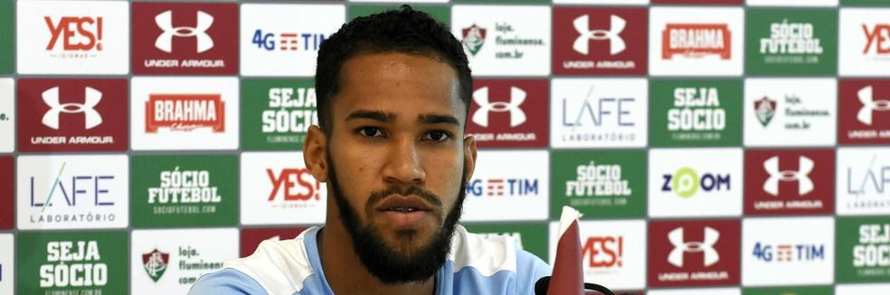 Everaldo se destaca pelos dribles e faltas sofridas — Foto: Mailson Santana/Fluminense FC