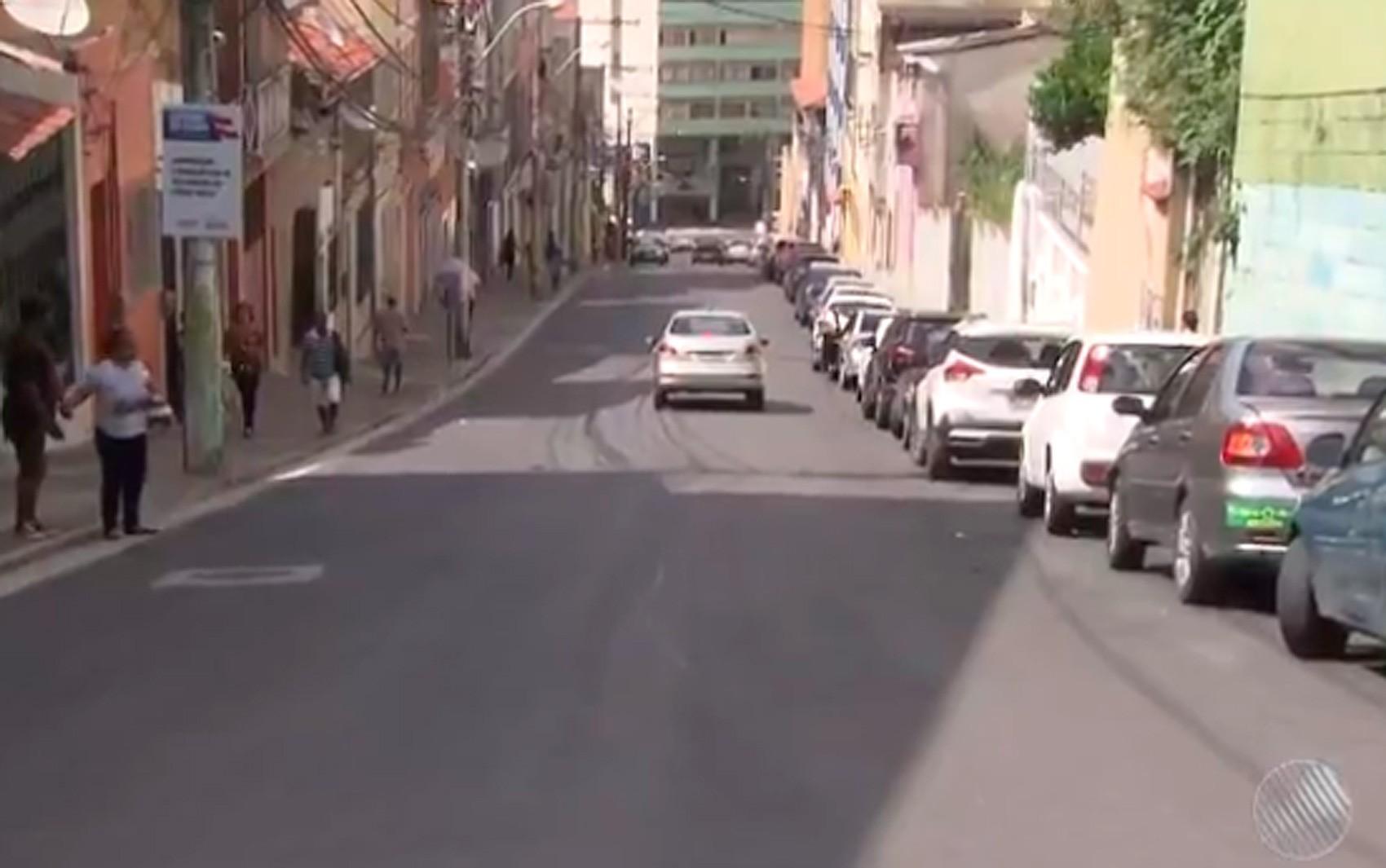 Nº de casos da Covid-19 cresce na Cidade Baixa; veja lista de bairros de Salvador com pessoas infectadas