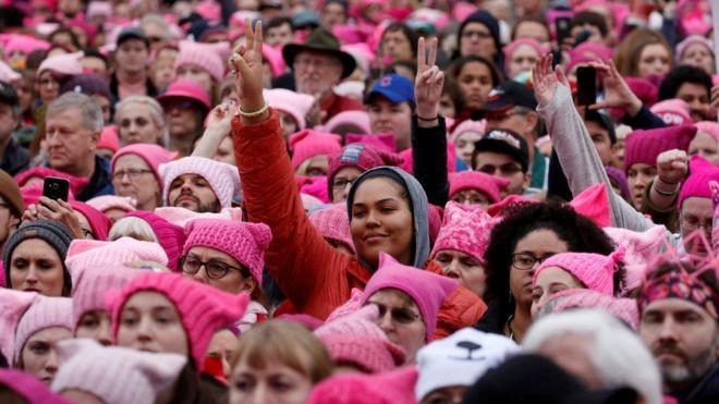 A Marcha das Mulheres reuniu milhões de pessoas ao redor do mundo (Foto: Reuters via BBC News Brasil)