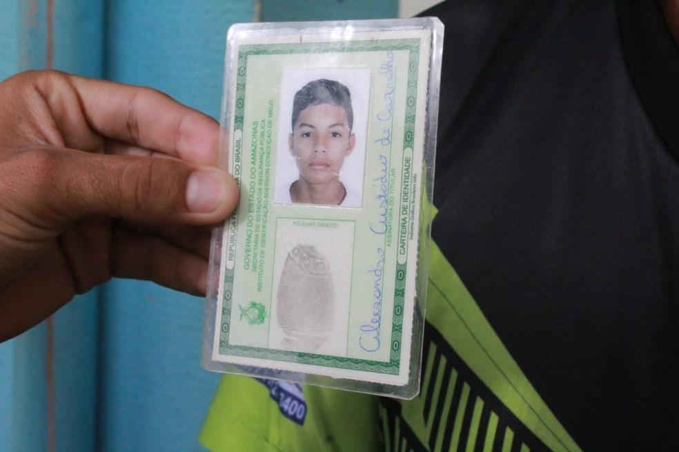 Alexsandro Custodio Carvalho, 17 anos, uma das vítimas — Foto: Eliana Nascimento/G1 AM