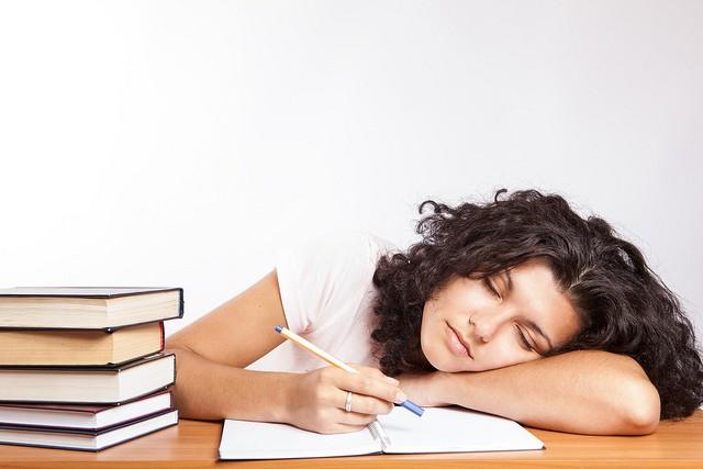 O horário do início das aulas pode interferir no desempenho de alunos (Foto: Flickr / CollegeDegrees360)