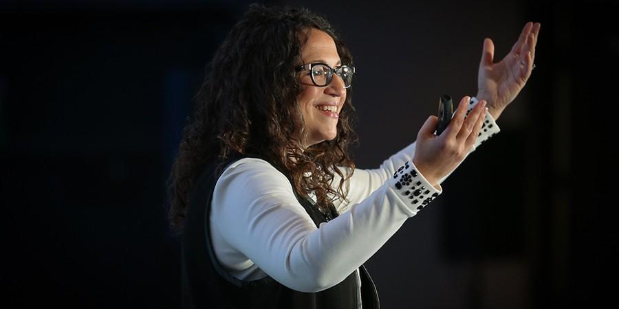 Amy Webb acredita que os dados virtuais são o petróleo dos novos tempos. Levarão vantagem as companhias que souberem descobrir, extrair e refinar essas informações (Foto: PATRICK FARREL L/KNIGHT FOUNDATION/FLICKR)