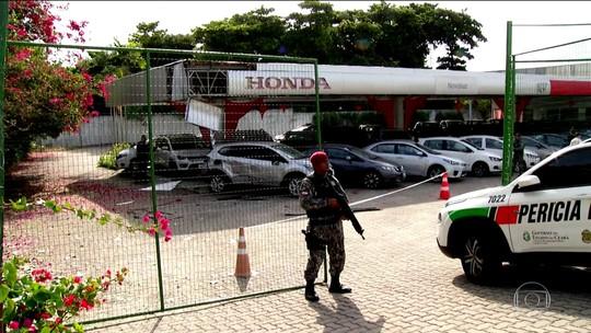 Em Fortaleza, criminosos derrubam torre de transmissão de energia