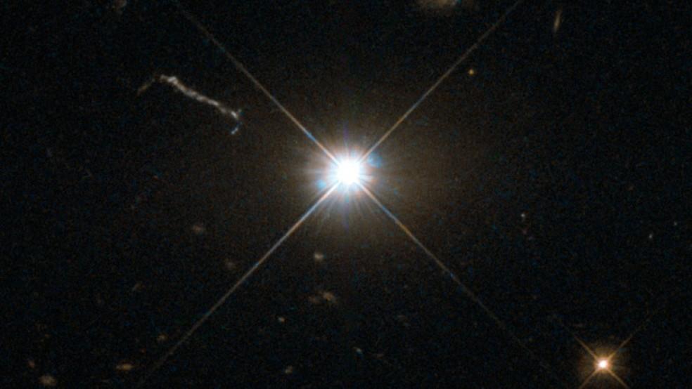 -  Astrônomos descobrem buraco negro ultra luminoso  Foto: ESA/Hubble  amp; Nasa