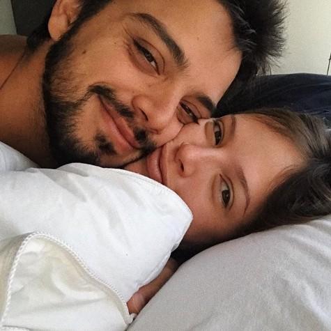 Agatha Moreira com o namorado, Rodrigo Simas (Foto: Reprodução)