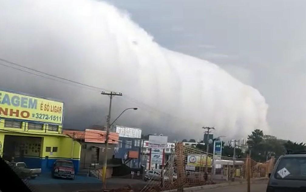 Nuvem chama atenção em Campinas — Foto: David Paschoalini/Arquivo pessoal