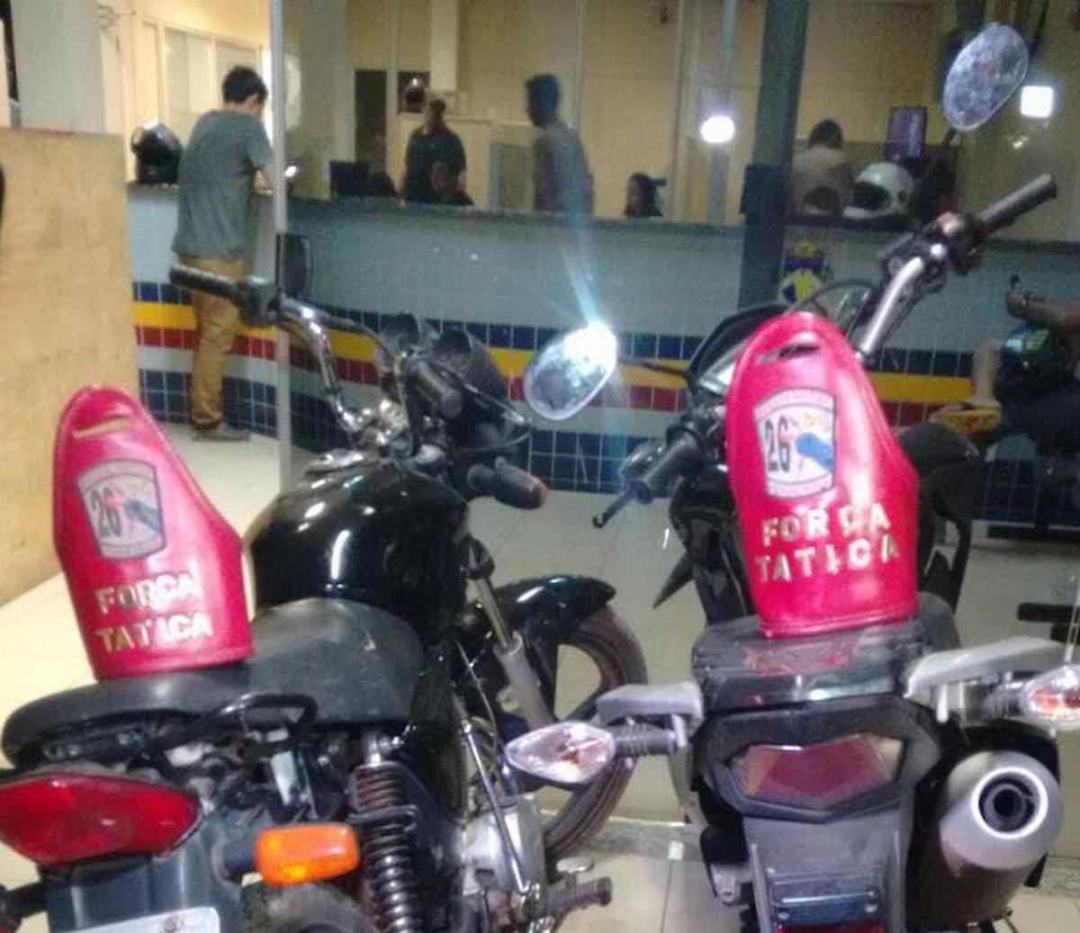 PMs localizam esconderijo de motos roubadas e são recebidos a tiros em RR
