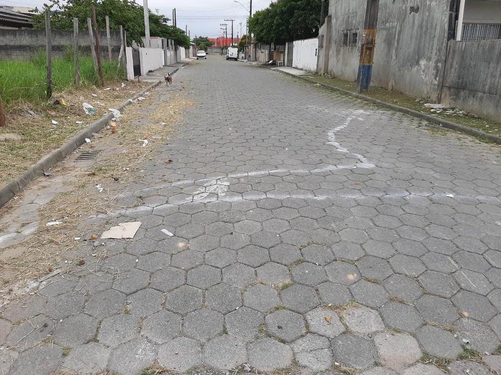 Ruas recebem pinturas de sinalização inusitadas em Navegantes, no Litoral Norte de SC  — Foto: Julio Cesar Bento/Arquivo pessoal
