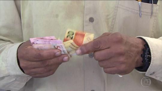 Saques de até R$ 500 do FGTS começam nesta sexta-feira (13)