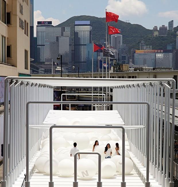 Instalação Bounce, do Snarkitecture (Foto: Reprodução)