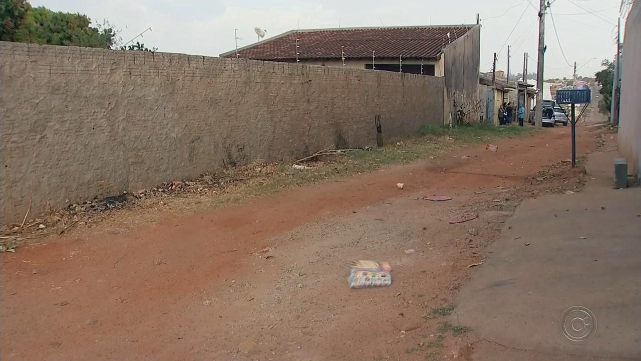 Bairro Santa Edwiges começa a ser asfaltado em Bauru